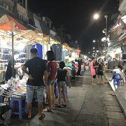 週末の夜はナイトマーケット
