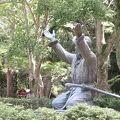 写真:出雲大社 ムスビの御神像