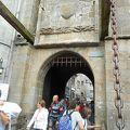 写真:モンサンミッシェル 王の門