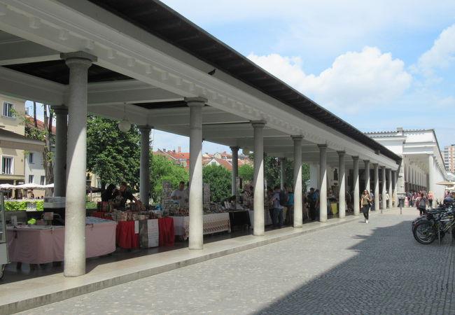 Plečnik's Arcades