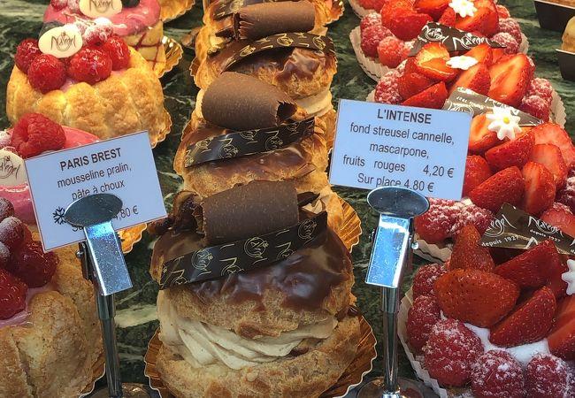 ケーキはもちろん、軽食類も素晴らしく美味