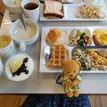 駅近 & 充実の無料朝食