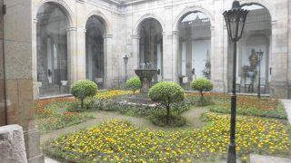 ブラが大聖堂 宝物博物館
