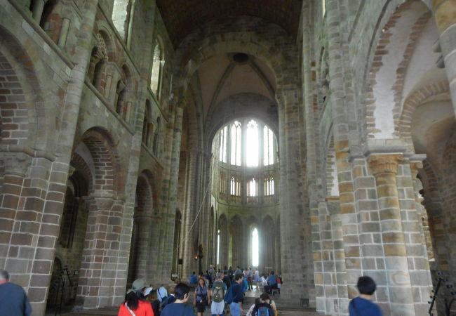 モンサンミッシェル修道院 付属教会 (聖堂)