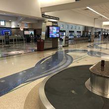 エルパソ国際空港 (ELP)