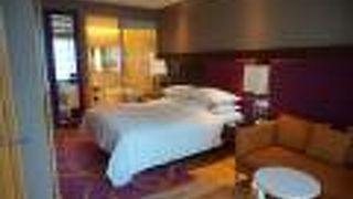 ルネッサンス バンコク ラッチャプラソーン ホテル