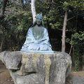 写真:山田検校銅像