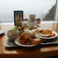 タワー館18階スカイレストラン(ブッフェスタイル朝食)