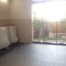 きれいなトイレの様子です。