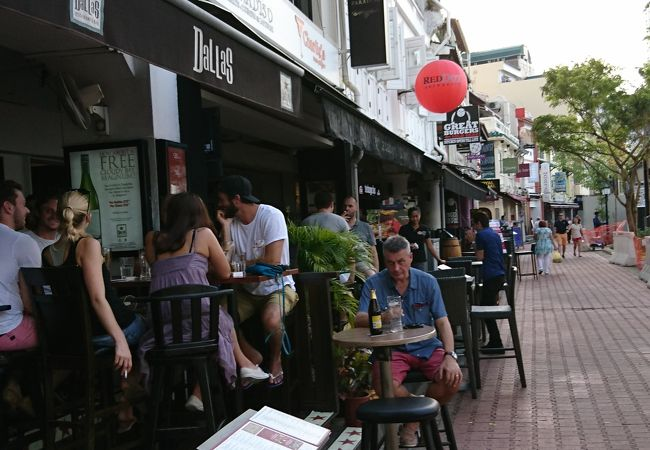 ダラス レストラン アンド バー (ボート キー店)