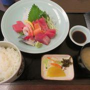 鎌倉丼が知られています