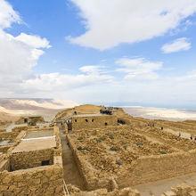 砂漠にそびえたつ要塞跡