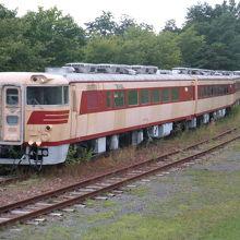 北海道の歴史を語る車両がずらり