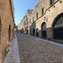 中に入ると旧市街が広がっています