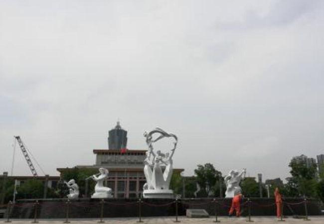 浙江自然博物館