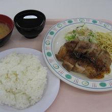 東京理科大学 学生食堂 神楽坂8号館