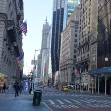ニューヨークマンハッタンの中心を通るメインストリート』by ...