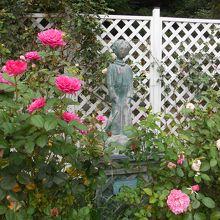 ガーデン施設にある星の王子さまのスタチュー(像)