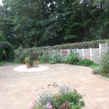 ガーデン施設