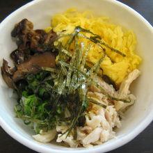 朝食の鶏飯(自分で作る)