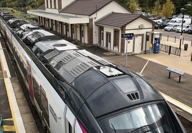 ノジャンシュルセーヌ駅