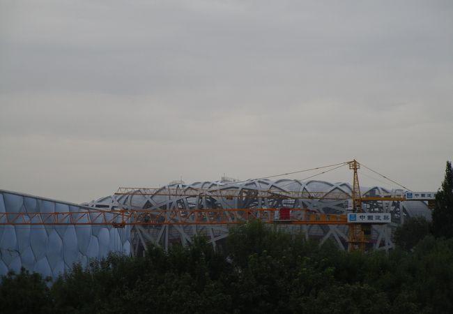 巨大な競技場