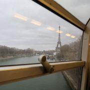 パリ中心部の移動では、メトロより快適でした。