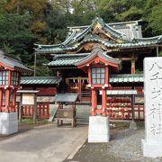 様々な建物、神社が