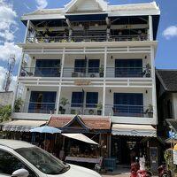 ルアンパバーン市内で4階建てホテルはこちらだけかも