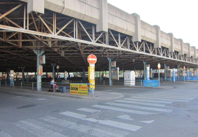 バスターミナル(ブルノ)