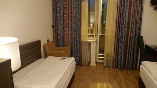 ノウム ホテル コンチネンタル フランクフルト