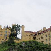 いかにも中世のヨーロッパを感じさせる城
