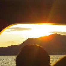 粟島汽船から見る夕日