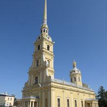 ペトロパヴロフスク聖堂