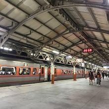 台鉄嘉義駅 (嘉義火車站)
