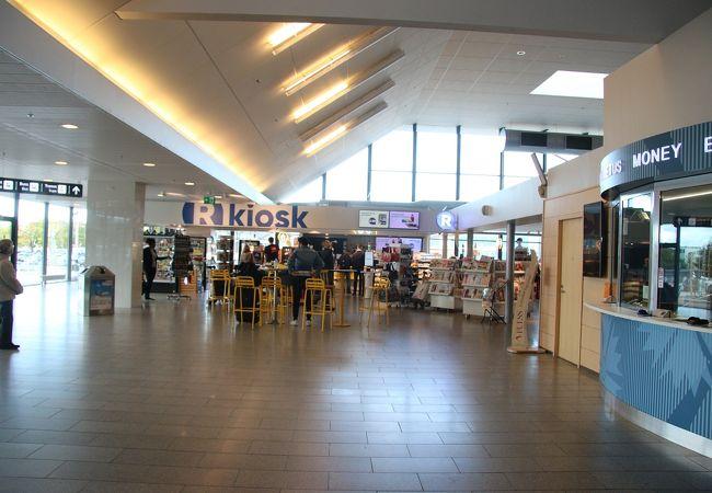 R-Kiosk (タリン空港店)