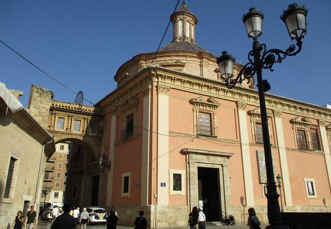 聖母デサンパラドス教会堂