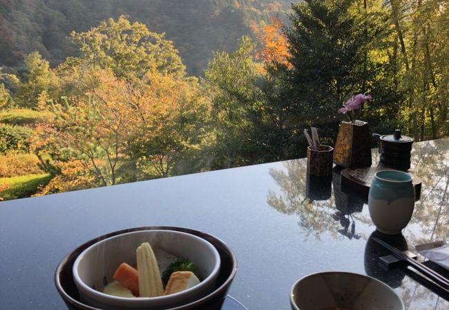 日本料理 箱根 華暦