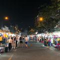 写真:ナイトマーケット (ベンタン市場夜店屋台街)