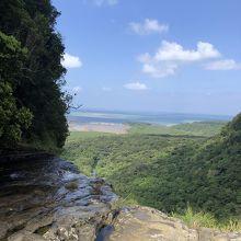 滝の上からの眺望は最高