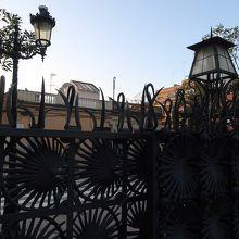 カサビセンスと似た門のデザイン