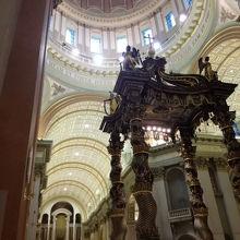 世界の女王マリア大聖堂