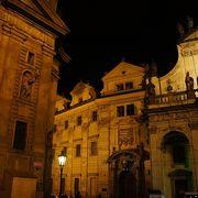 プラハは何とも言えない魅力がある街です