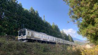 JR日光駅から、ちょっと戻って日光街道・杉並木方面に行くといい感じの風景が広がっています。