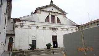 サンヴィットーレ アル コルポ聖堂
