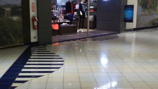 ラコステ (マイクロネシアモール店)