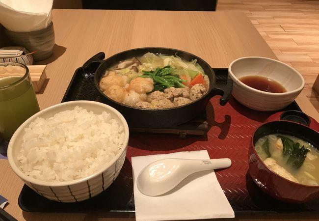 大戸屋 (プラザインドネシア店)