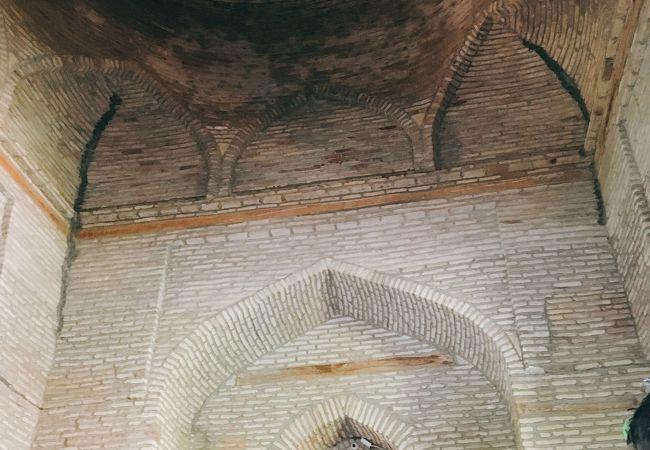 カファリ シャーシ廟