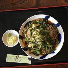 山かけ蕎麦(\1,200)