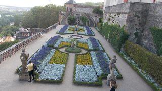 領主の庭園